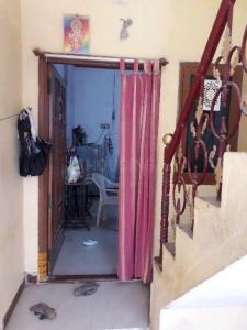Gallery Cover Image of 650 Sq.ft 2 BHK Independent House for rent in Sithalapakkam for 7000