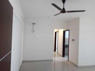 Gallery Cover Image of 700 Sq.ft 2 BHK Apartment for buy in Kandivali West for 15500000