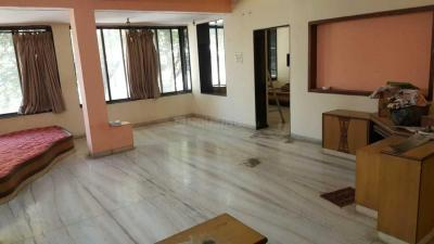 Gallery Cover Image of 1020 Sq.ft 3 BHK Apartment for rent in Vile Parle West for 100000