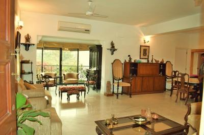 Gallery Cover Image of 1800 Sq.ft 2.5 BHK Apartment for rent in Alipore for 75000