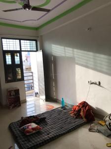 Gallery Cover Image of 300 Sq.ft 1 BHK Independent Floor for rent in Sector 62A for 4500
