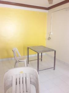 Gallery Cover Image of 900 Sq.ft 2 BHK Apartment for buy in Pimpri for 6500000