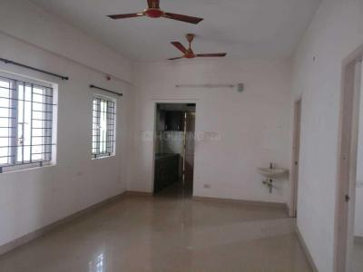 Gallery Cover Image of 1200 Sq.ft 3 BHK Apartment for rent in Velachery for 21000