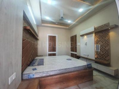 Gallery Cover Image of 1800 Sq.ft 3 BHK Apartment for buy in Raja Park for 7500000