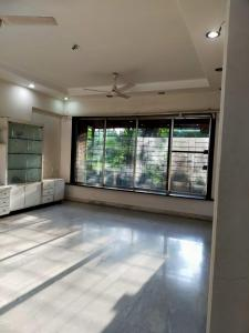 Gallery Cover Image of 1200 Sq.ft 3 BHK Apartment for rent in Om Shivambika, Santacruz East for 52000