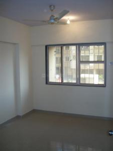 Gallery Cover Image of 900 Sq.ft 2 BHK Apartment for rent in Kandivali East for 31000