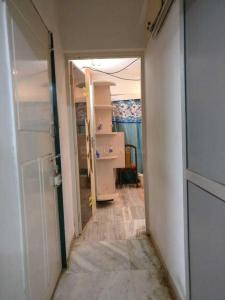 Gallery Cover Image of 450 Sq.ft 1 BHK Apartment for rent in Andheri East for 36000