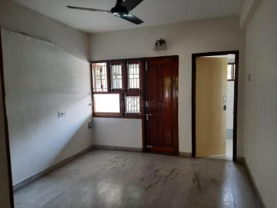Gallery Cover Image of 1100 Sq.ft 2 BHK Apartment for rent in Royapettah for 35000
