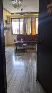 Gallery Cover Image of 1100 Sq.ft 2 BHK Apartment for buy in Thane West for 12000000