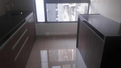 Gallery Cover Image of 1048 Sq.ft 3 BHK Apartment for rent in Powai for 60000