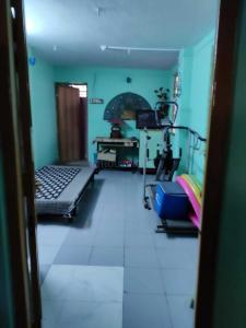 Gallery Cover Image of 1700 Sq.ft 3 BHK Independent House for buy in Tollygunge for 7800000