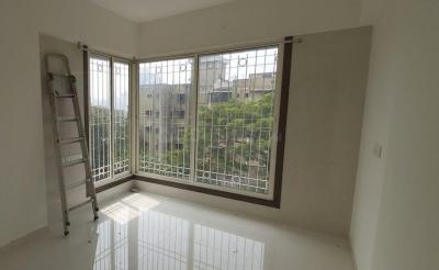 Gallery Cover Image of 950 Sq.ft 2 BHK Apartment for rent in Malad West for 30000