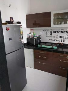 Gallery Cover Image of 575 Sq.ft 1 BHK Apartment for rent in Thane West for 20000