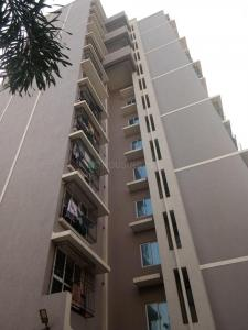Gallery Cover Image of 995 Sq.ft 2 BHK Apartment for buy in Kandivali West for 16000000