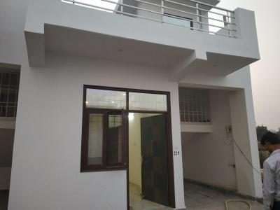 Gallery Cover Image of 640 Sq.ft 1 BHK Independent House for buy in Noida Extension for 2199200