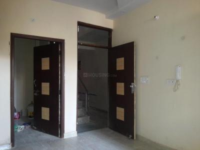 Gallery Cover Image of 450 Sq.ft 2 BHK Apartment for buy in Matiala for 1800000