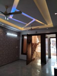 Gallery Cover Image of 1205 Sq.ft 3 BHK Apartment for rent in Shakti Khand for 14500
