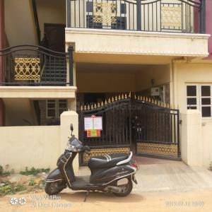 Building Image of PG 4192978 Shanti Nagar in Shanti Nagar