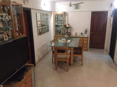 Gallery Cover Image of 1100 Sq.ft 2 BHK Apartment for rent in Kandivali East for 30000