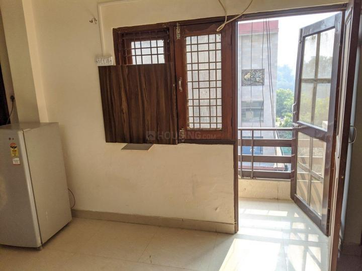Bedroom Image of 600 Sq.ft 1 RK Apartment for rent in DLF Phase 3 for 11000