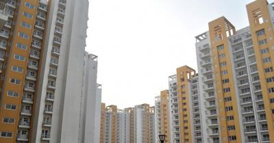 Gallery Cover Image of 2032 Sq.ft 3 BHK Apartment for buy in Park Grandeura, Sector 82 for 7200000