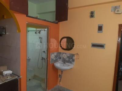 Gallery Cover Image of 600 Sq.ft 2 BHK Apartment for rent in Barrackpore for 7000