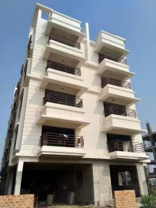 Gallery Cover Image of 1500 Sq.ft 3 BHK Independent Floor for rent in New Town for 20000