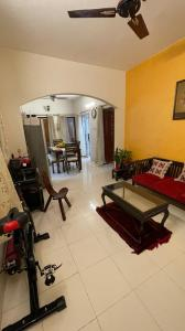 Gallery Cover Image of 1320 Sq.ft 3 BHK Apartment for buy in Manapakkam for 9000000