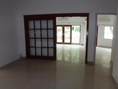 Gallery Cover Image of 8000 Sq.ft 8 BHK Independent House for buy in Jor Bagh for 700000000