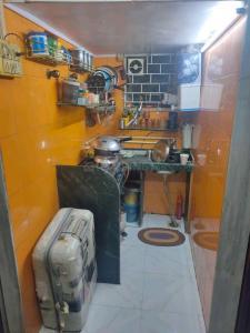 Kitchen Image of PG 7068620 Andheri West in Andheri West