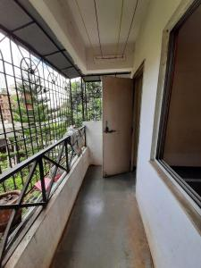 Gallery Cover Image of 850 Sq.ft 2 BHK Apartment for rent in Samrat Heights, Katraj for 14700