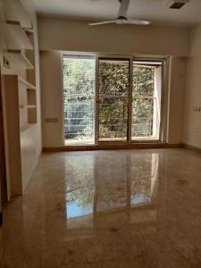 Gallery Cover Image of 1400 Sq.ft 3 BHK Apartment for rent in Khar West for 140000