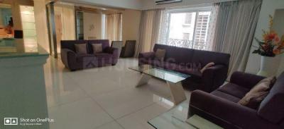 Gallery Cover Image of 2400 Sq.ft 3 BHK Apartment for rent in Krishna, Juhu for 300000