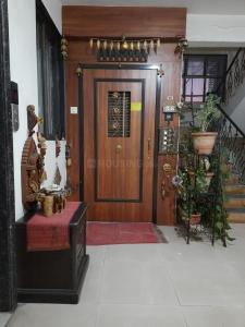 Gallery Cover Image of 1040 Sq.ft 2 BHK Apartment for buy in Seawoods for 14500000
