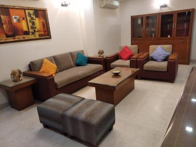 Gallery Cover Image of 2000 Sq.ft 3 BHK Independent Floor for rent in Greater Kailash for 70000