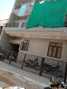 Gallery Cover Image of 4500 Sq.ft 9 BHK Apartment for buy in Ram Nagar for 15000000