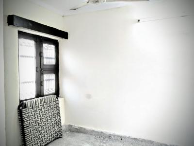 Gallery Cover Image of 200 Sq.ft 1 RK Independent House for rent in Kavi Nagar for 5000