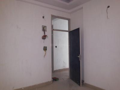 Gallery Cover Image of 550 Sq.ft 1 BHK Apartment for buy in Sector 75 for 2100000