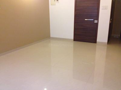 Gallery Cover Image of 430 Sq.ft 1 BHK Apartment for rent in Juhu Abhishek Chs Ltd, Andheri West for 28000