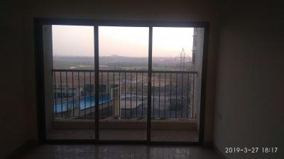 Gallery Cover Image of 1200 Sq.ft 2 BHK Apartment for rent in Wadhwa Shiv Valley, Kalyan West for 15000
