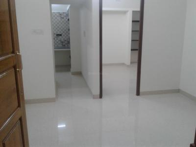 Gallery Cover Image of 500 Sq.ft 1 BHK Independent House for rent in Choolaimedu for 10000