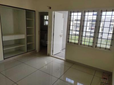 Gallery Cover Image of 1650 Sq.ft 3 BHK Apartment for rent in VARS Parkwood, Bellandur for 35000