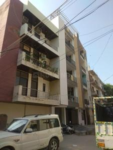 Gallery Cover Image of 850 Sq.ft 2 BHK Independent Floor for buy in DLF Colony Old, Sector 14, Gurgaon, Sector 14 for 6000000