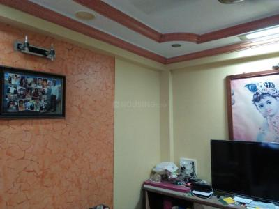Gallery Cover Image of 585 Sq.ft 1 BHK Apartment for buy in Dahisar West for 9000000