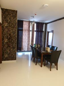 Gallery Cover Image of 2023 Sq.ft 3 BHK Apartment for rent in Sobha Indraprastha, Rajajinagar for 105000