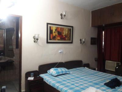 Bedroom Image of PG 3885260 Sarita Vihar in Sarita Vihar