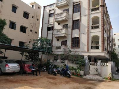 Gallery Cover Image of 2500 Sq.ft 3 BHK Independent Floor for rent in Erragadda for 65000