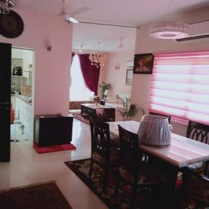 Gallery Cover Image of 3400 Sq.ft 4 BHK Apartment for rent in Sector 65 for 65000