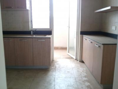 Gallery Cover Image of 1100 Sq.ft 2 BHK Apartment for rent in Sector 85 for 12000