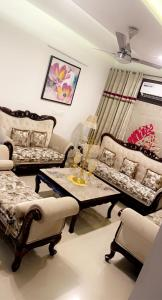 Gallery Cover Image of 1850 Sq.ft 3 BHK Apartment for buy in Sector 20 for 7000000